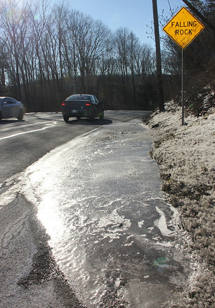Melting Ice, Slick Spot, SR54, Hometown (1-31-2014)