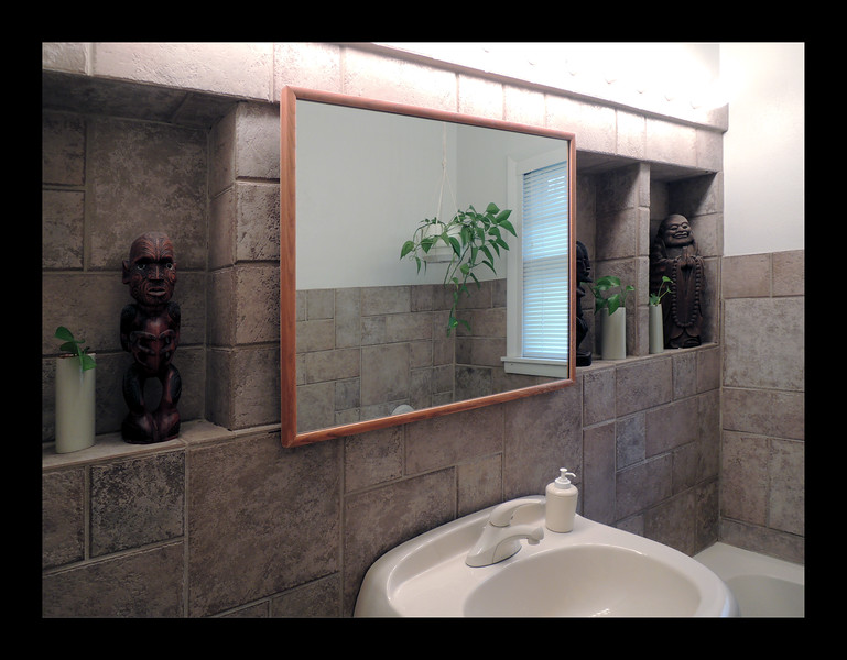 47. First Floor Bathroom with large Mirror-Medicine Cabinet and Display Alcoves.JPG