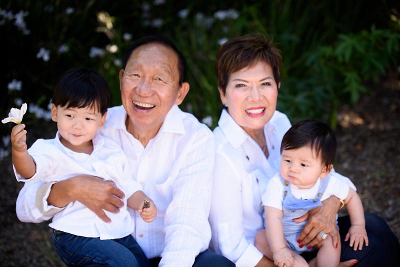 2017-Lim Family-076.jpg