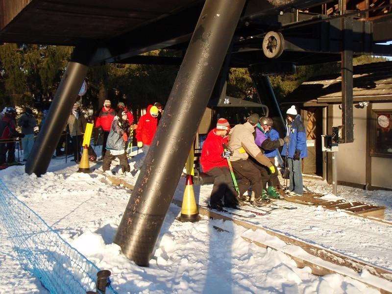 SnowTrailsOpeningDay12_16_09_013.jpg