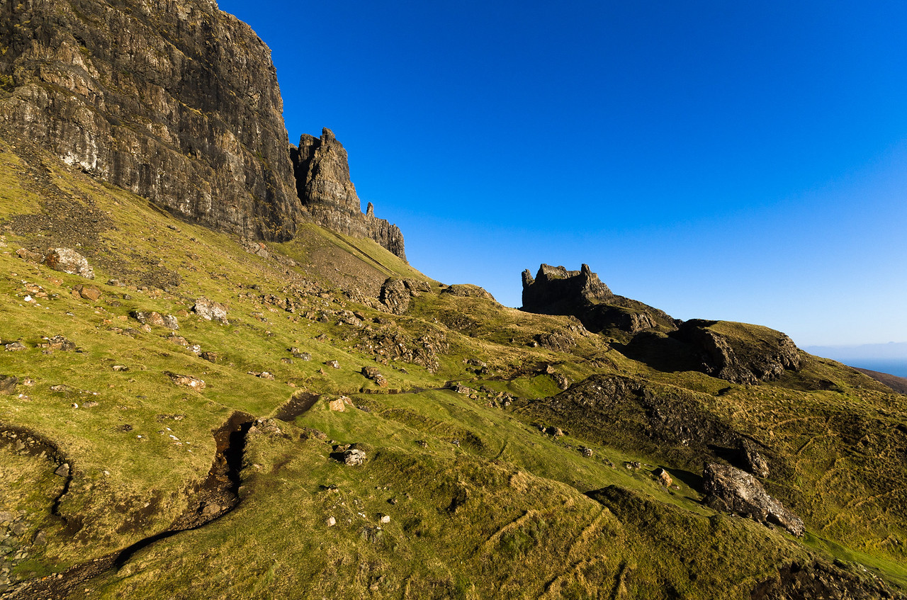 Wistfully looking back... | Hiking the Quiraing