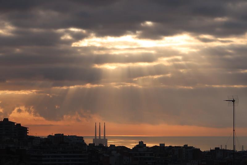 Barcelona Silhouette (2).JPG