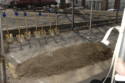 25218 New Dorm Groundbreaking for Honors Dorm in Sunnyside