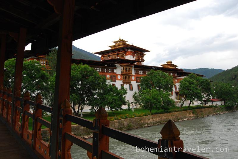 Punakha Dzong Fortress Bhutan (5).jpg