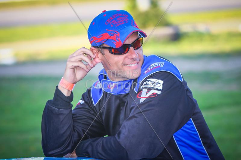 legend 17 driver autograph session 2014 (1 of 1)