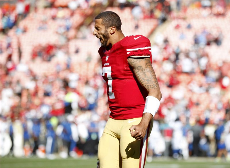 . <p><b>49ers at Rams (+3):</b>  <p>San Francisco�s slumping QB, Colin Kaepernick, has been keeping busy favoriting angry tweets by some of his most virulent Twitter haters. He�s spending so much time on the Internet lately that he barely has any time left to pose nude, kiss his biceps or shave his eyebrows. <p>Pick: <b>49ers by 7</b> <p>    (Josie Lepe/Bay Area News Group/MCT)