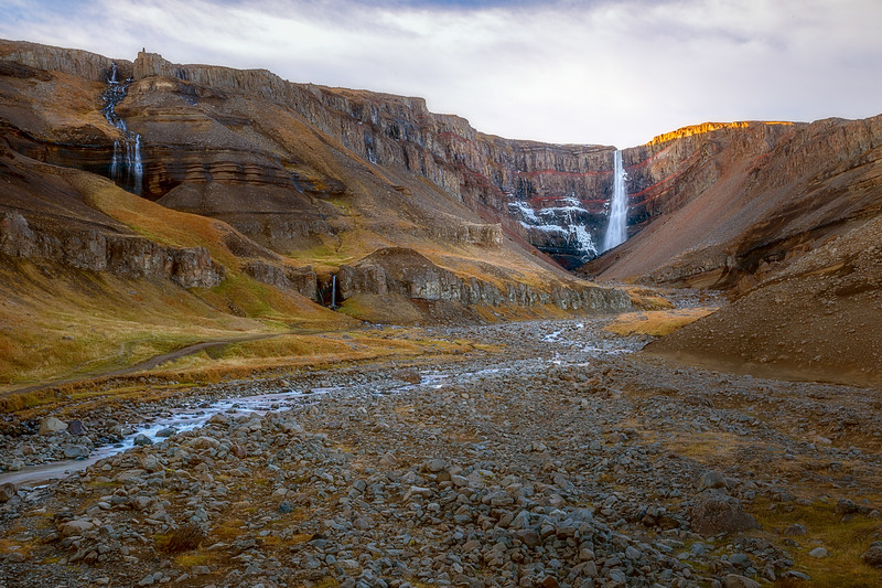 Valley Approaching Hengifoss