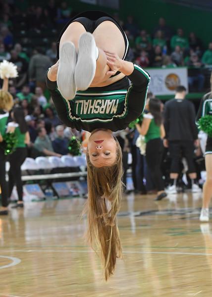 cheerleaders2992.jpg
