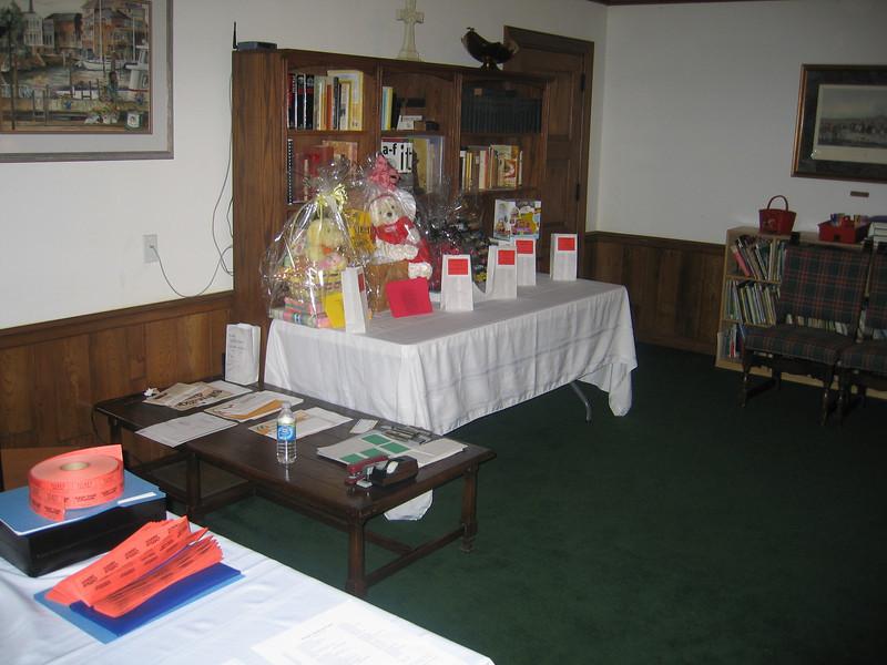 EYC Spaghetti Dinner and Silent Auction (3).jpg