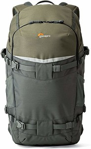 Choosing the best hiking camera backpack