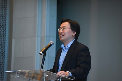 DR. JIMMY LIN speaks in Chapel