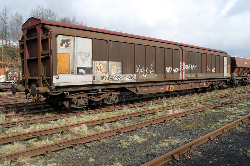 31832795044-6 Walton Old Yard 17/03/12