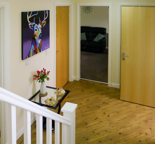 Dunbritton_Bruce_Court_interior-hallway.jpg