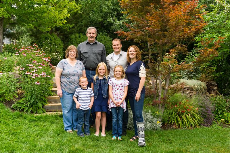 AG_2018_07_Bertele Family Portraits__D3S3796-2.jpg