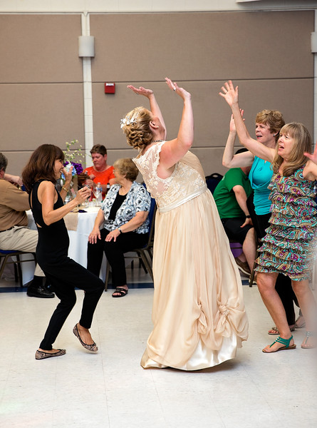 Bride dancing with Guests.jpg
