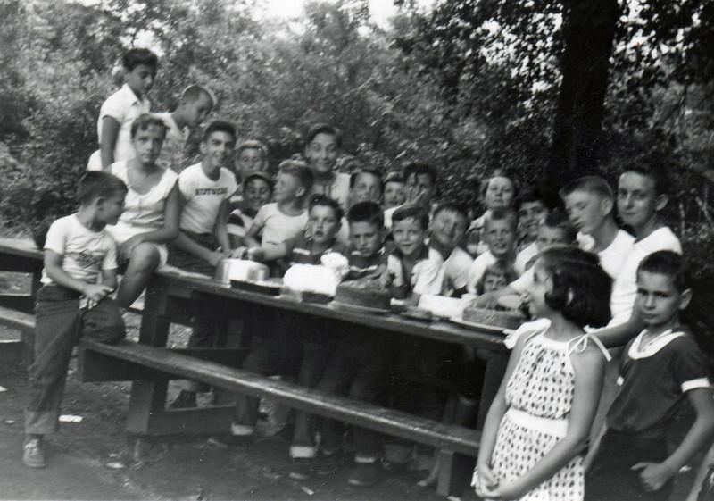 GALLOPING HILL 1956.jpg