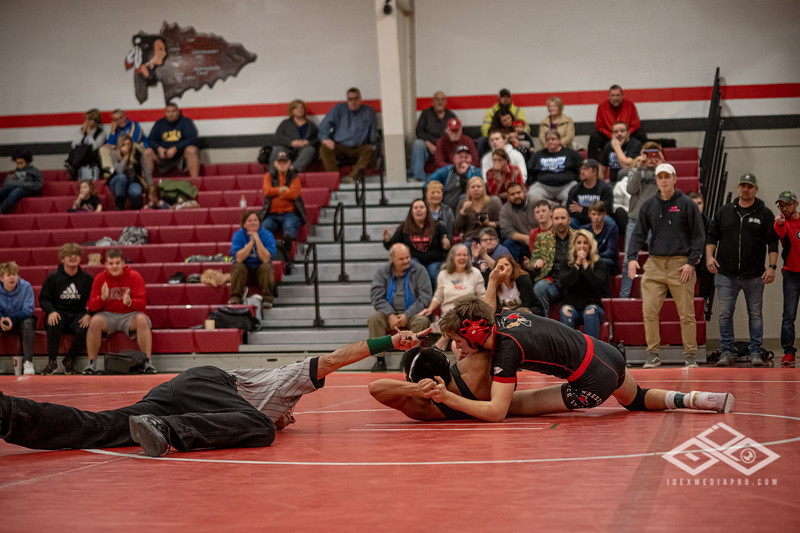 Wrestling at Granite City-09181.jpg