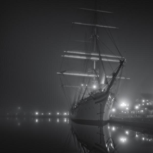 2015-11-05-Tall-Ship-Fog.jpg