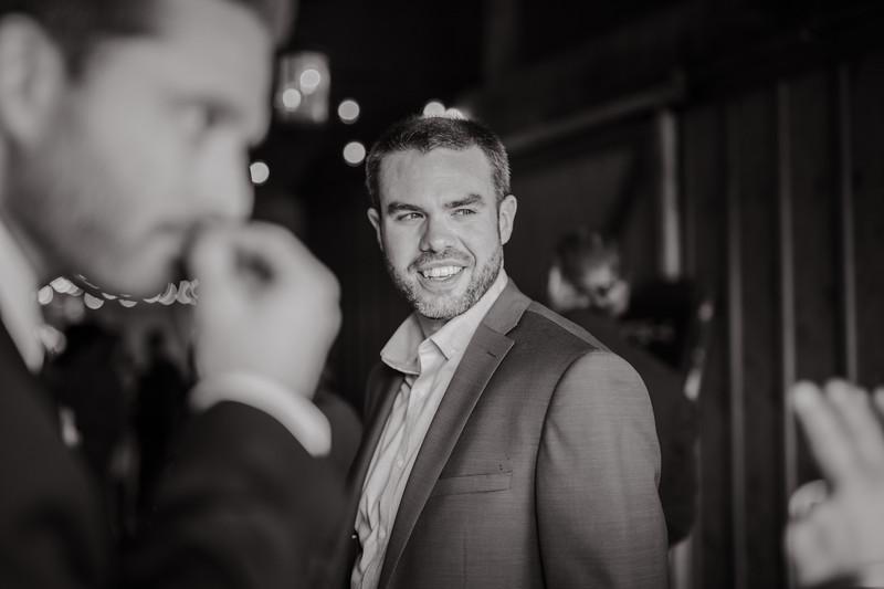 Seattle Wedding Photographer-652.jpg
