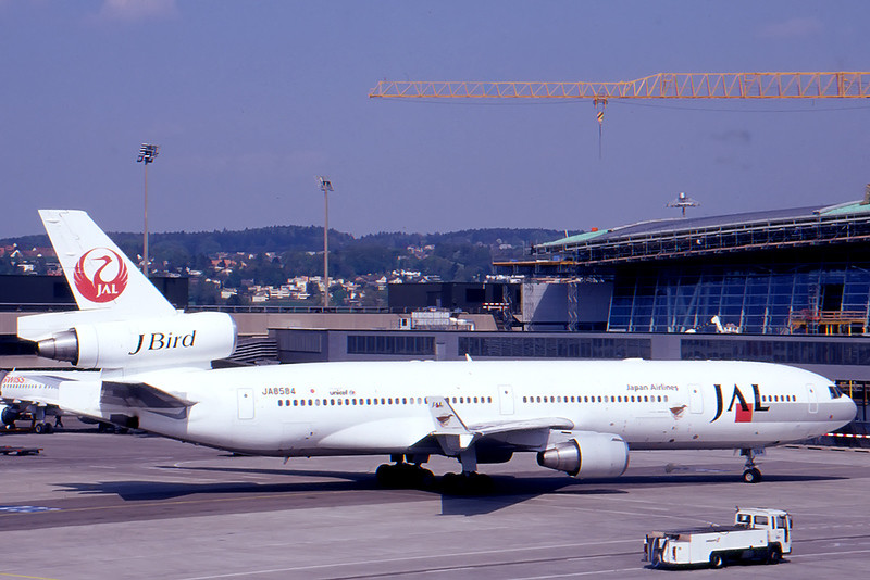 JAL_03_DC-10_JA8584.jpg