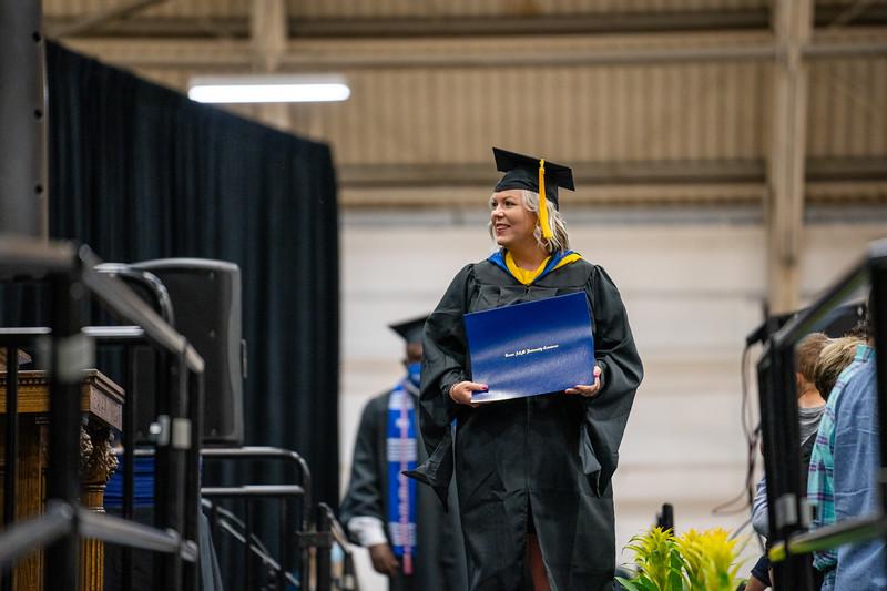 M21073-Graduation-01768.jpg