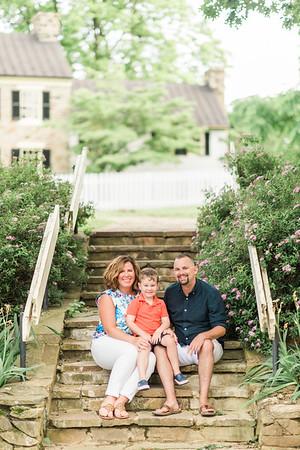 Caitlyn & Family | Family Portraits