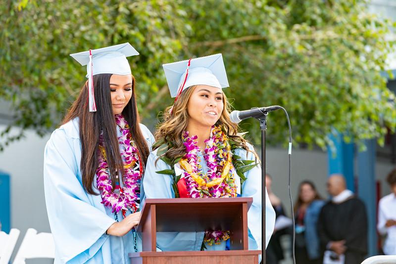 Hillsdale Graduation 2019-10352.jpg