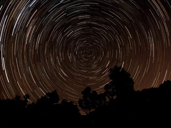 South Polar Star Trails - 1/3/2014 (Processed stack and stills into Video)