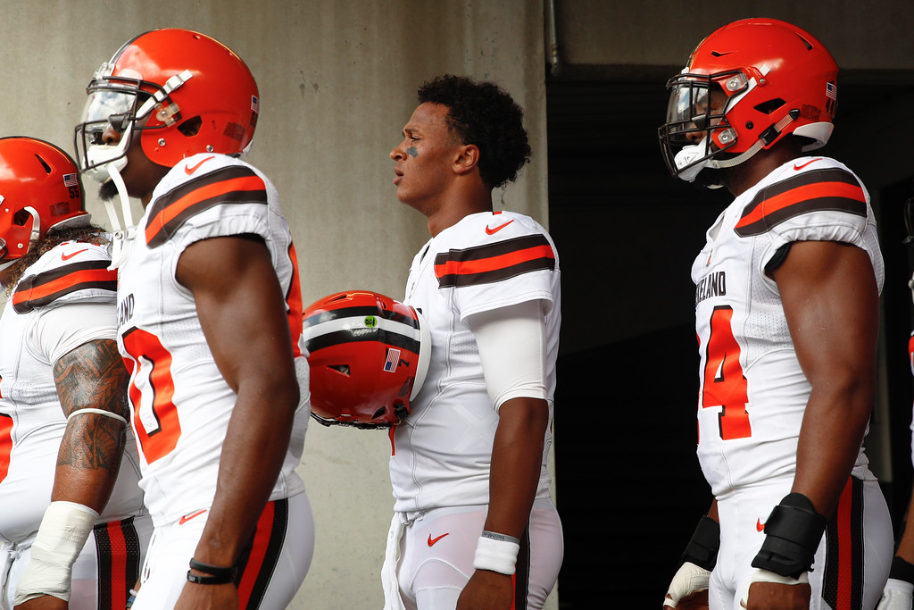 . Cleveland Browns quarterback DeShone Kizer (7) waits in the tunnel for his introduction before an NFL football game against the Baltimore Ravens in Baltimore, Sunday, Sept. 17, 2017. (AP Photo/Patrick Semansky)