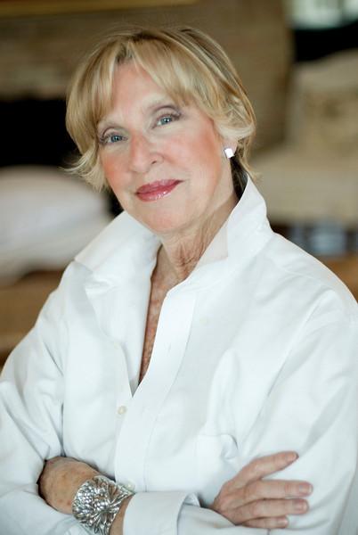 Bonnie Bauer B