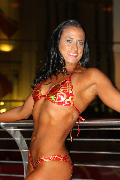 Lisa - Figure Competitor Champion