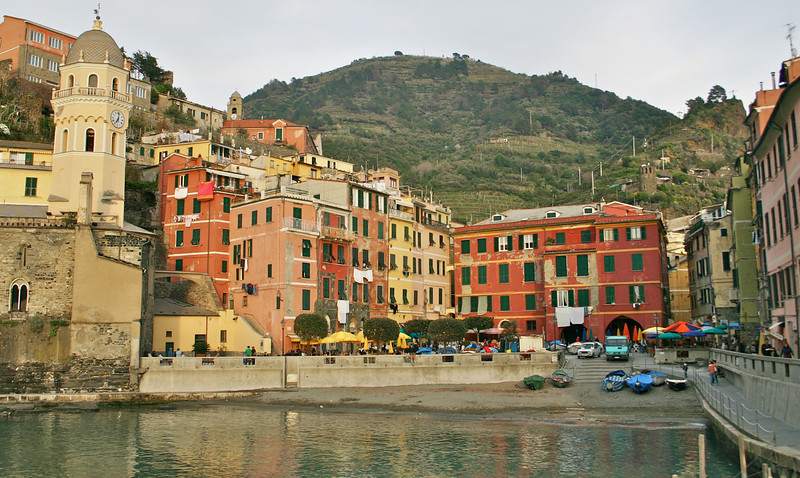Vernazza at dusk.jpg