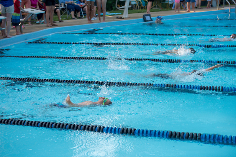 lcs_swimming_kevkramerphoto-257.jpg