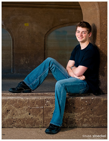 HIGH SCHOOL SENIOR PORTRAITS : ADAM