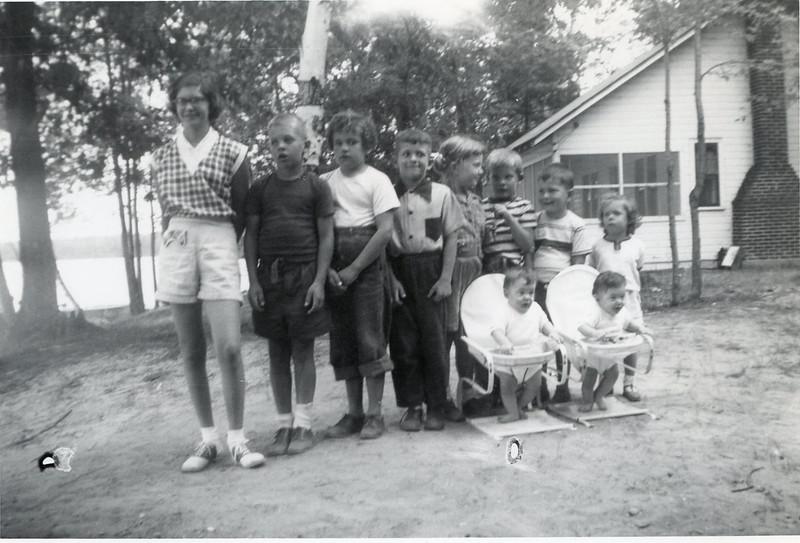 1952 Ricca, Havill, Mieras Kids.jpg