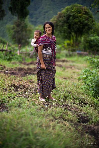 punakha-dzong_chorten-nebu_20120918_9287.jpg