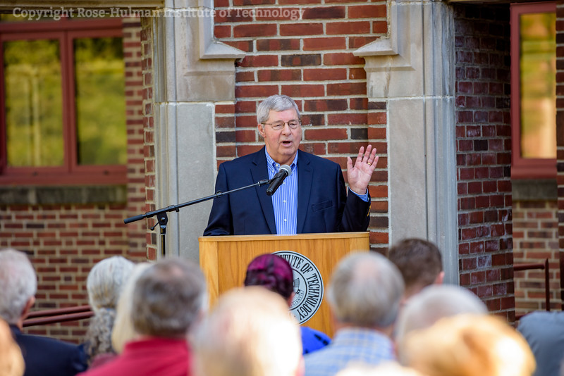 RHIT_Homecoming_2017_Moench_Bust_Dedication-12688.jpg