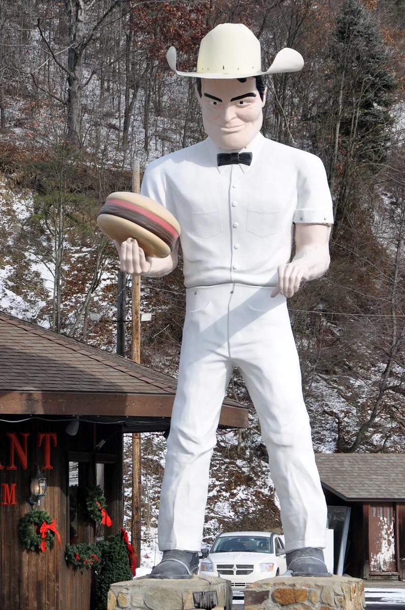 kittanning pennsylvania muffler man holding a hamburger