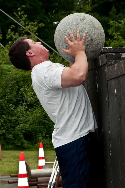 Fitness Revolution Strongman Challenge 2011_ERF4378.jpg