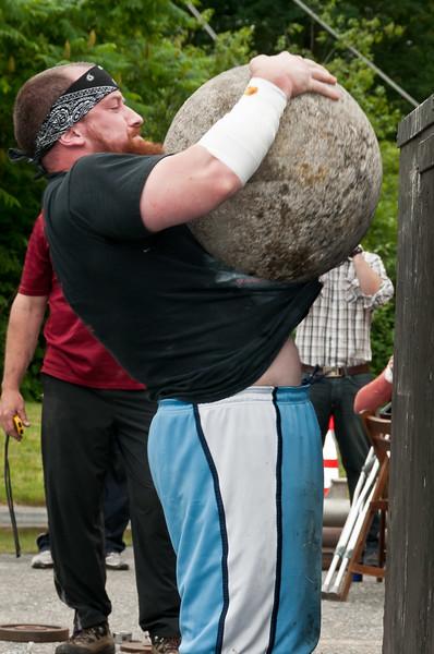 Fitness Revolution Strongman Challenge 2011_ERF4576.jpg