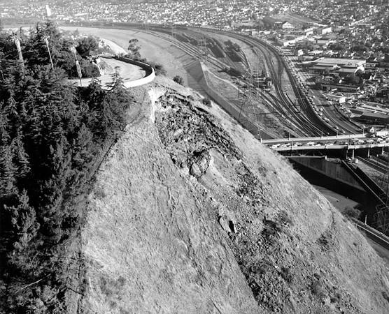 1958, Rockslide
