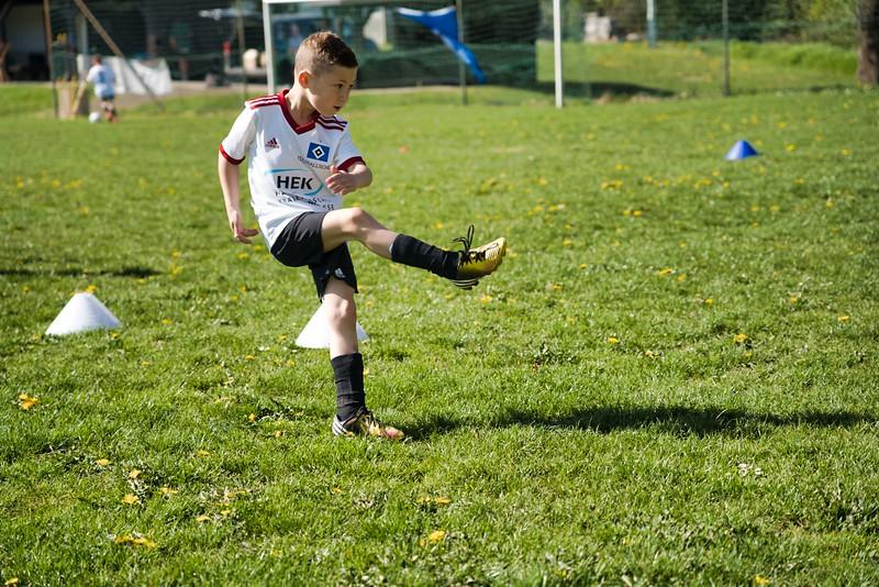 hsv-fussballschule---wochendendcamp-hannm-am-22-und-23042019-u55_46814454445_o.jpg