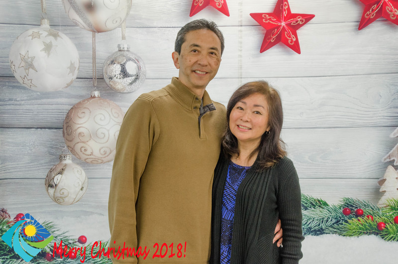 Christmas Photobooth 2018 Sunday-132.jpg