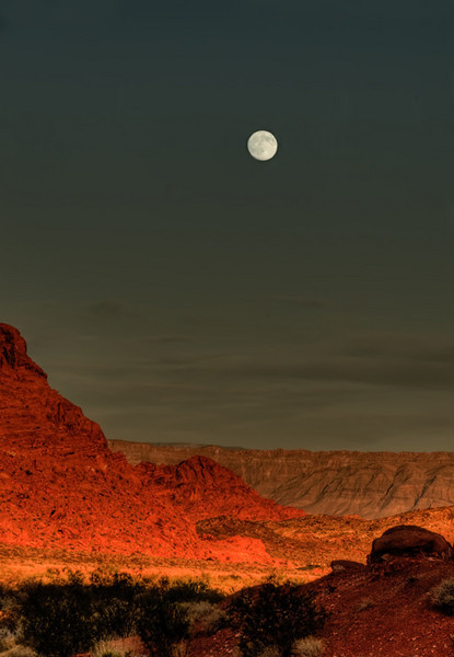 valley_of_fire_st_pk_20538_full_moon_rise-sm.jpg