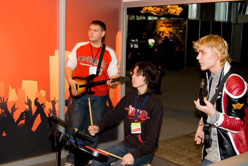 Guitar Hero: World Tour on Igromir 2008