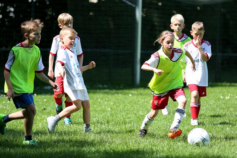 hsv_fussballschule-523_48047959071_o.jpg