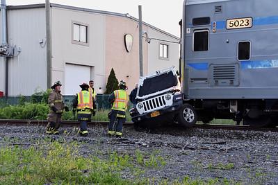2019.06.14 Train Slams into Jeep in Mastic