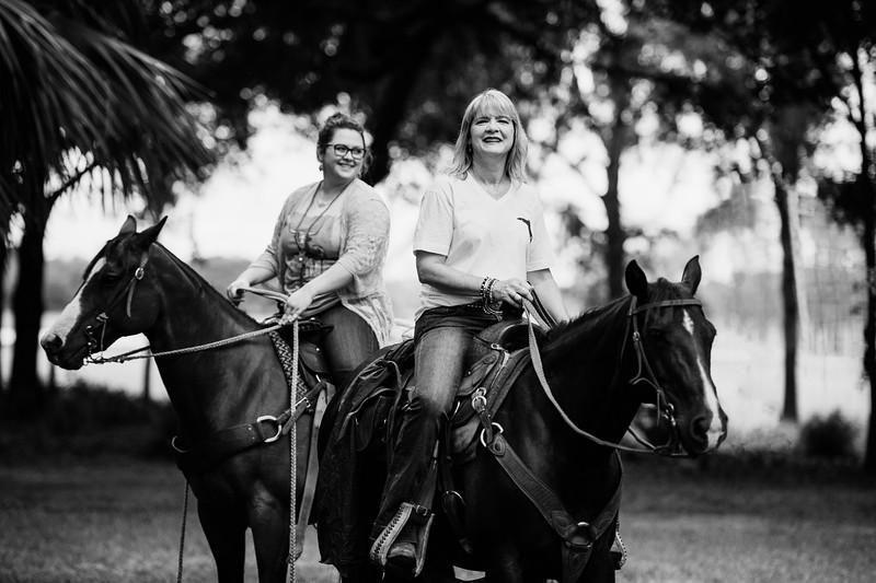 CattleWomens Association (41 of 66) FIX B&W.jpg