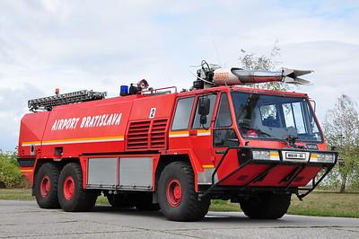 Airport Fire & Rescue / Hasičská Záchranná Služba