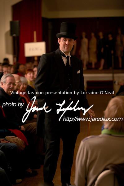 vintage_fashion_show_09_f15402184.jpg
